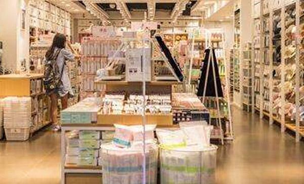 加拿大时尚连锁店国际海运整柜双清服务